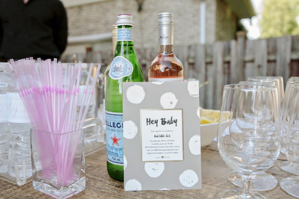 Floral-Backyard-Baby-Shower-Drink-Station
