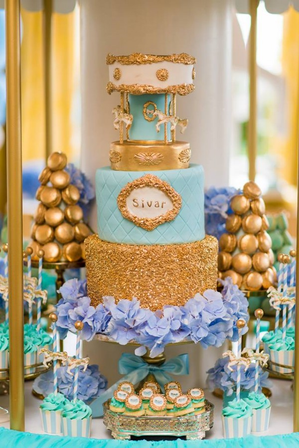 Golden Carousel Babyshower-Cake