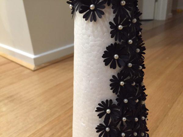 10-diy-paper-flower-christmas-tree-tutorial-close