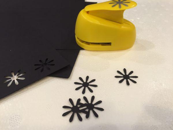 2-diy-paper-flower-christmas-tree-tutorial