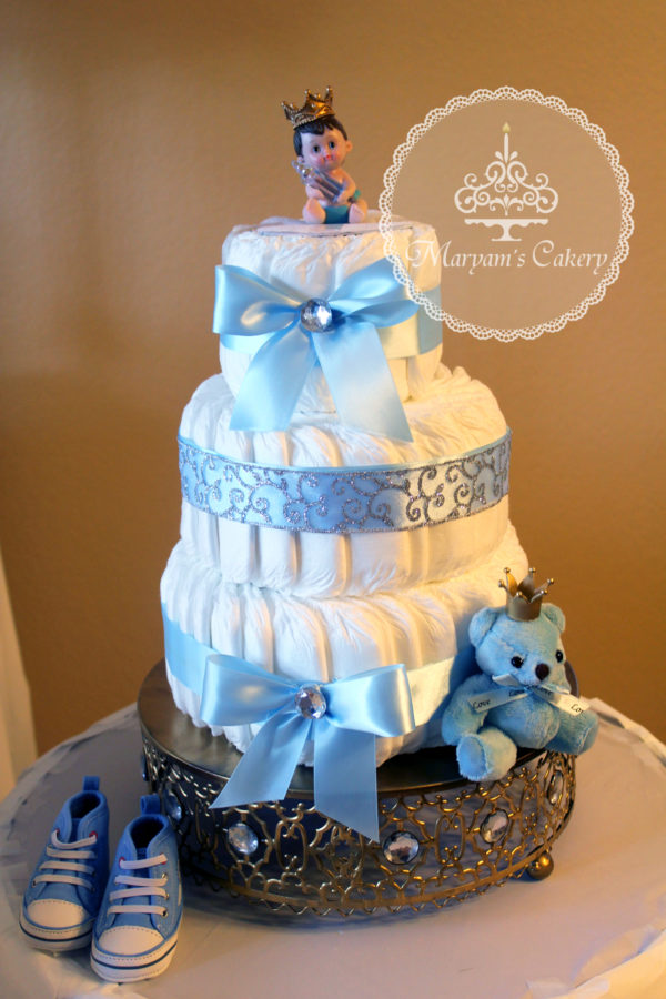 blue-and-white-royal-baby-shower-diaper-cake