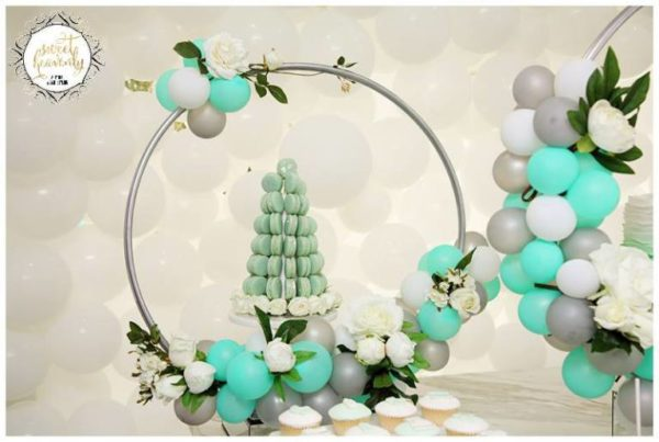 flowery-green-mint-and-white-baby-shower-macaron-tree