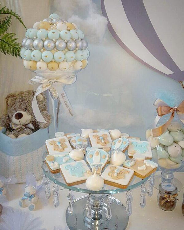 air-balloon-themed-party-cookies
