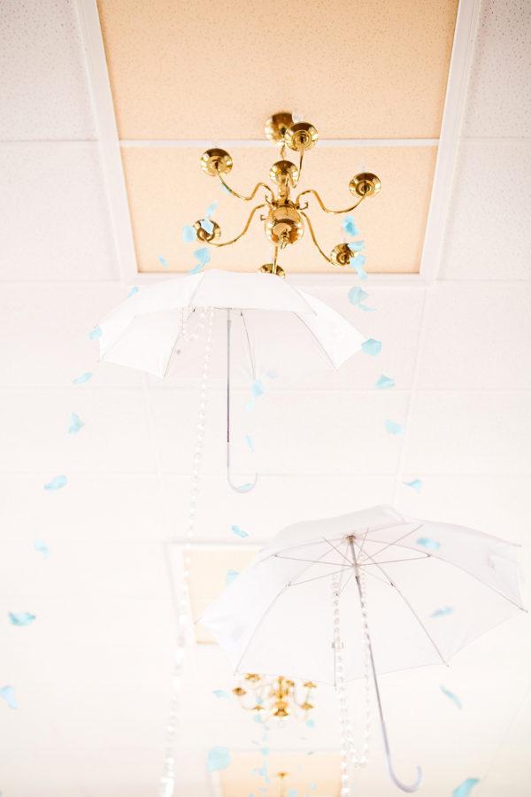 coed-pantone-baby-shower-white-umbrellas