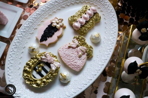 glamourous-baby-love-shower-sugar-cookies