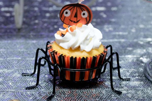 spooktacular-baby-shower-cupcakes