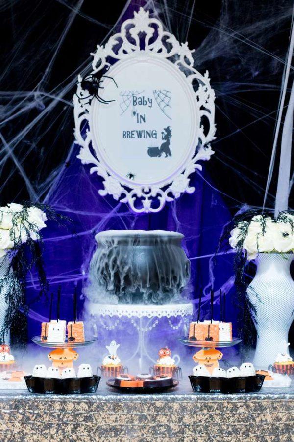 spooktacular-baby-shower-mirror-backdrop