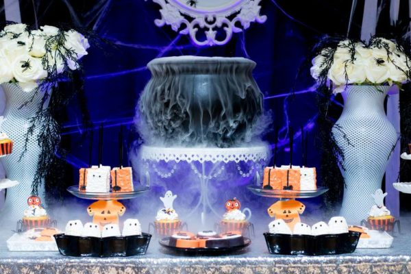 spooktacular-baby-shower-treat-table