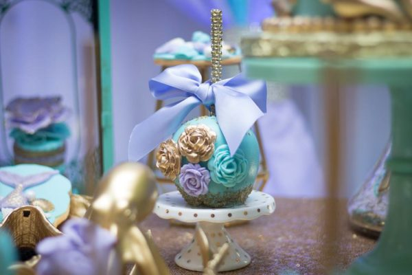 blue-green-under-the-sea-baby-shower-chocolate-covered-apple