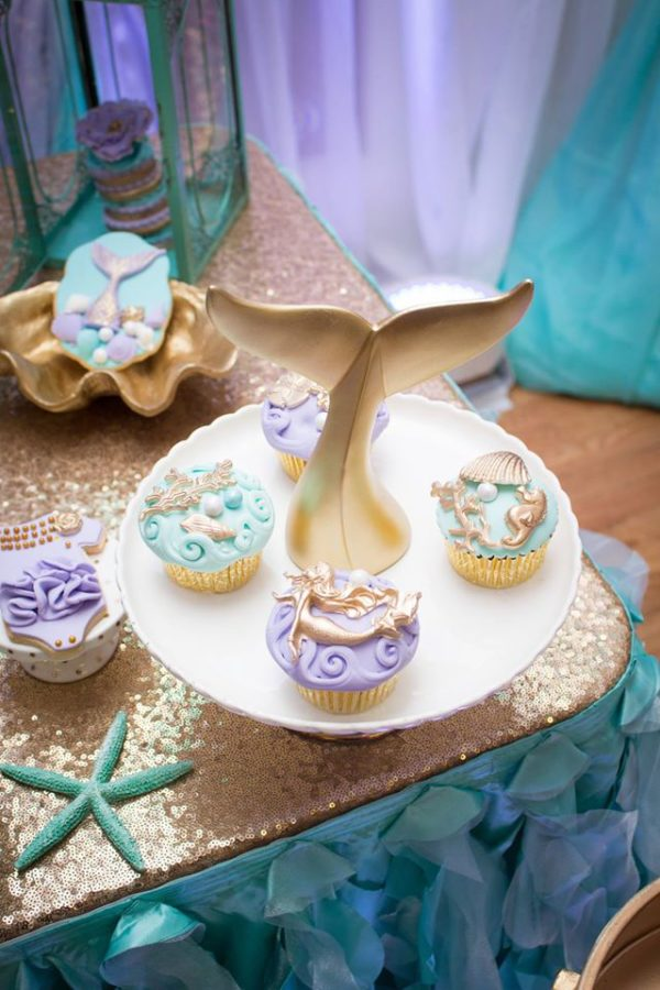blue-green-under-the-sea-baby-shower-tail-decoration