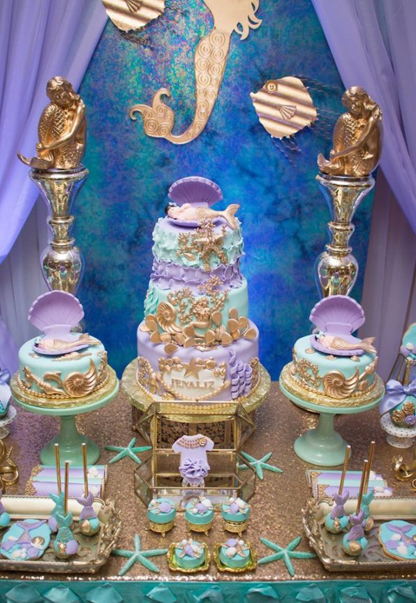 blue-green-under-the-sea-baby-shower-tiered-cake