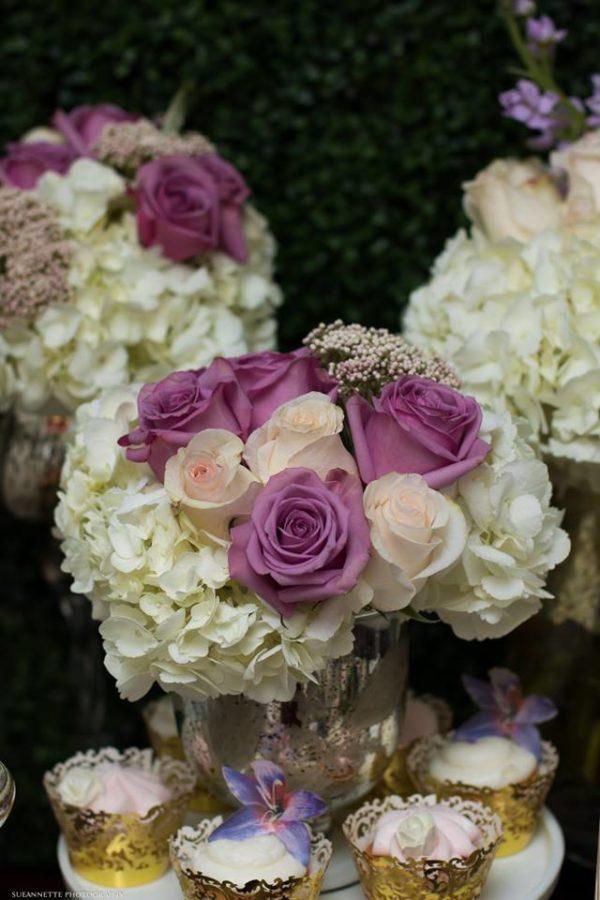 chic-floral-garden-baby-shower-flowers