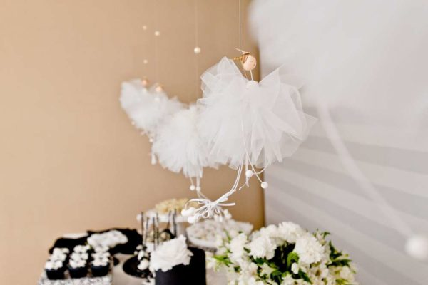 sophisticated-swan-lake-baby-shower-tutu-decor