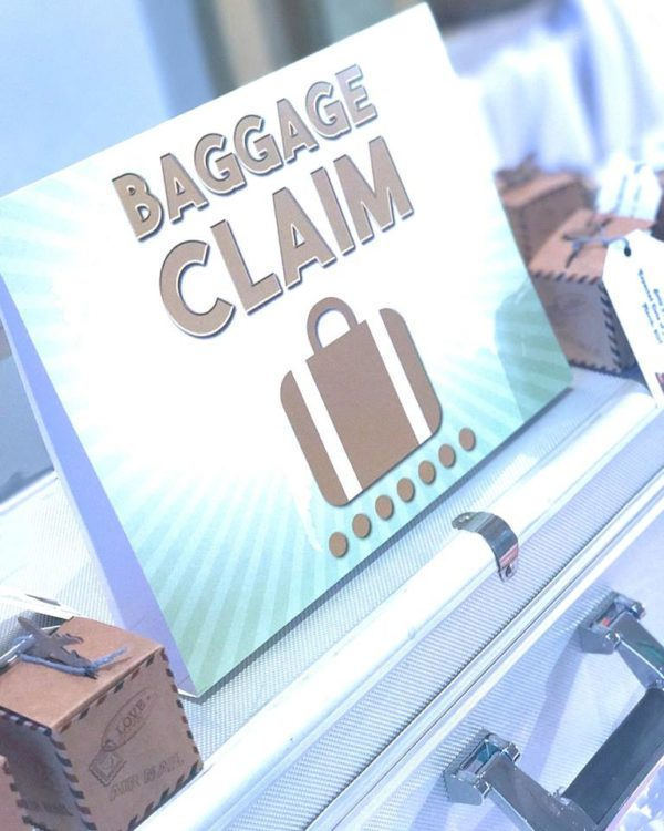 traveling-baby-shower-baggage-claim-sign