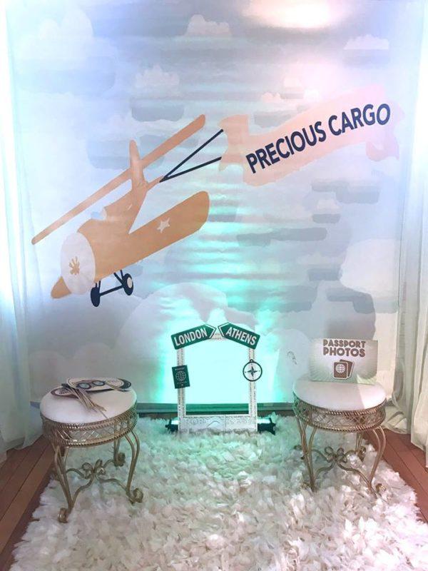 traveling-baby-shower-precious-cargo-photo-station