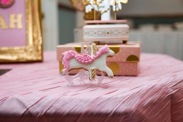 carousel-in-pink-baby-shower-horse