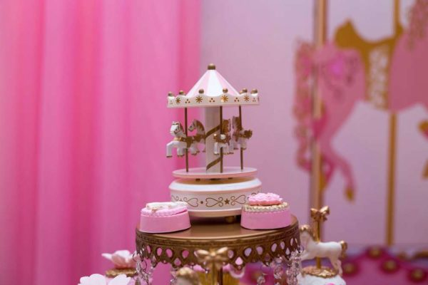 carousel-in-pink-baby-shower-mini-decor
