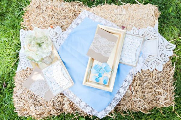 whimsical-bottles-and-burlap-baby-shower-bingo