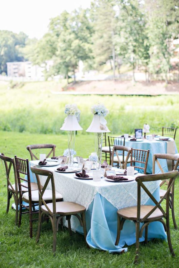 whimsical-bottles-and-burlap-baby-shower-guest-tables