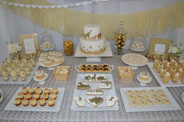 golden-chic-safari-baby-shower-desserts