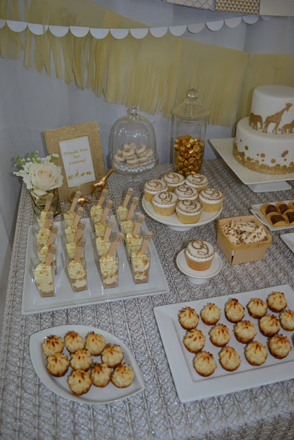 golden-chic-safari-baby-shower-pudding