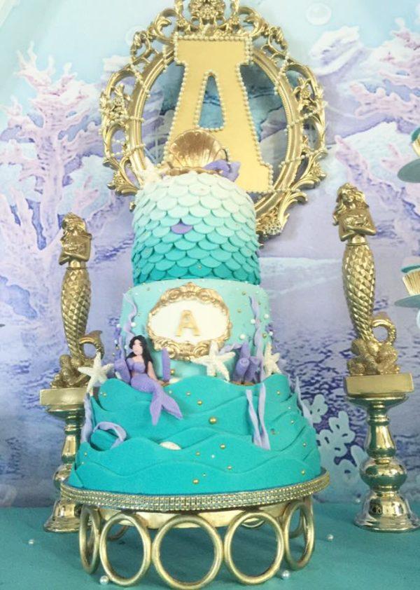 beautiful-golden-mermaid-baby-shower-cake