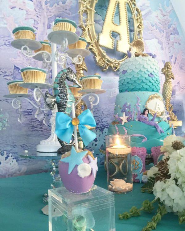 beautiful-golden-mermaid-shower-seahorse