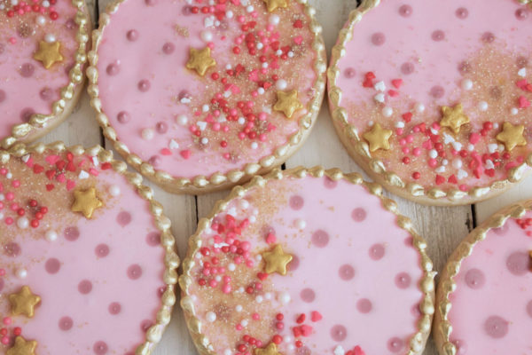 princess-baby-shower-cookies-sparkly-pink-gold