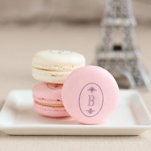 princess-baby-shower-favors-macarons
