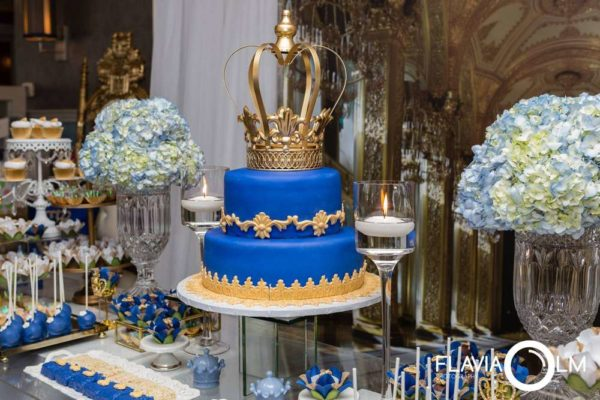 royal-blue-and-gold-prince-shower-desserts