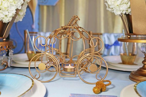 sheek-royal-prince-baby-shower-carriage