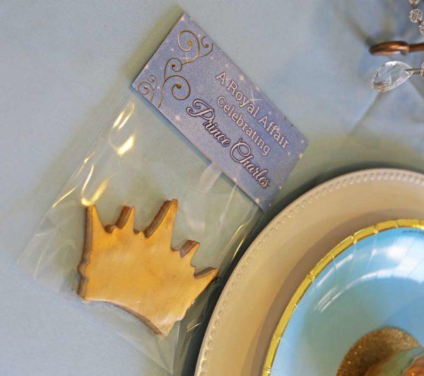 sheek-royal-prince-baby-shower-crown-treat