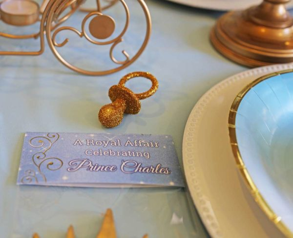 sheek-royal-prince-baby-shower-gold-pacifier