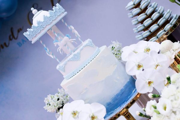 luscious-blue-and-gold-shower-layered-cake