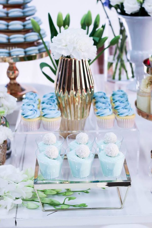 luscious-blue-and-gold-shower-pudding-cups