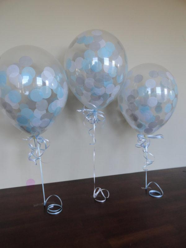 winter-confetti-balloons-gray-white-light-blue