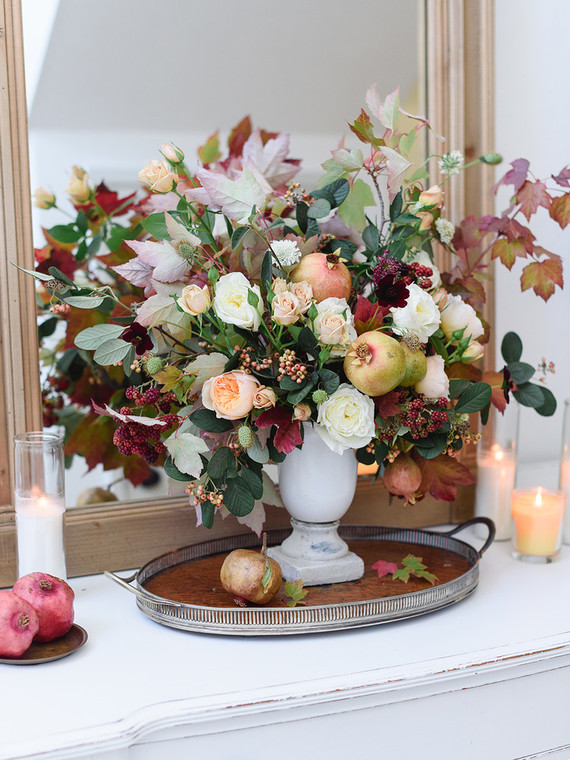 fall-in-california-baby-shower-autumn-flowers