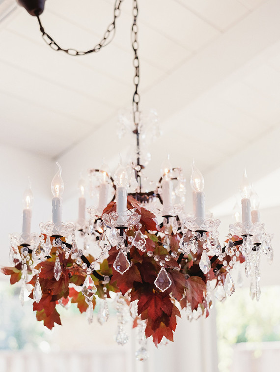 fall-in-california-baby-shower-chandelier-decor