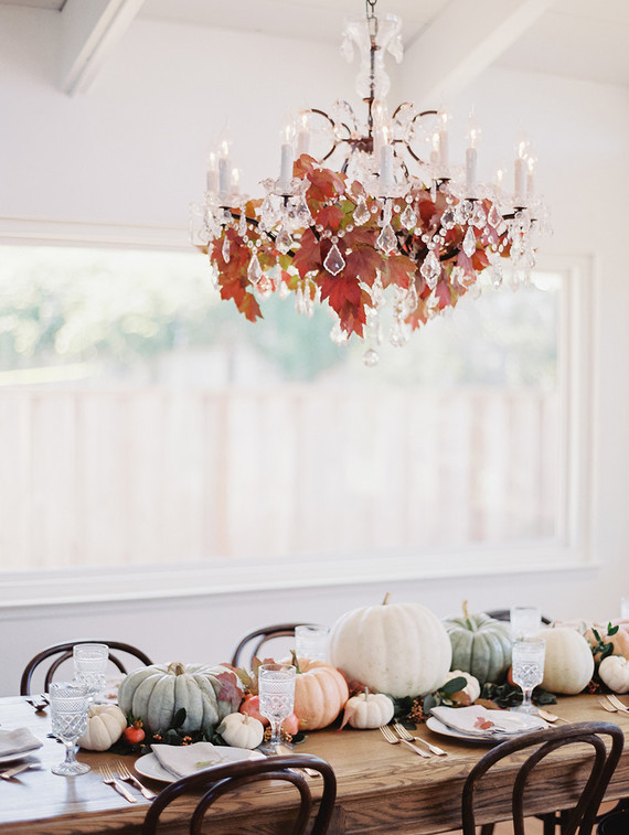 fall-in-california-baby-shower-chandelier