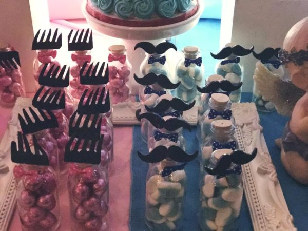mustache-or-eyelash-baby-shower-gender-reveal-candies