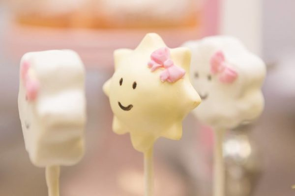 pastel-you-are-my-sunshine-shower-cakepop