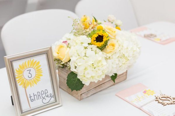 pastel-you-are-my-sunshine-shower-centerpieces