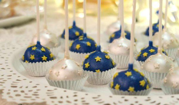 twinkle-twinkle-little-star-golden-baby-shower-silver-cakepops