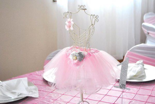 beautiful-ballerina-baby-shower-tutu-mannequin