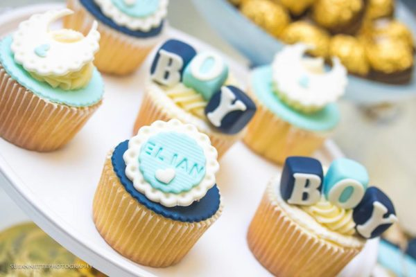 chic-blue-baby-shower-blue-white-cupcakes
