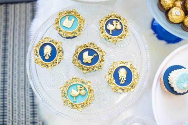 chic-blue-baby-shower-gold-blue-cupcakes