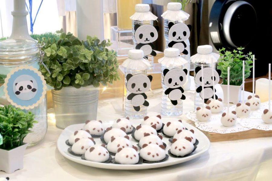 panda-themed-baby-celebration-cakepops