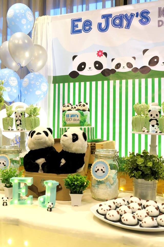 panda-themed-baby-celebration-dessert-table