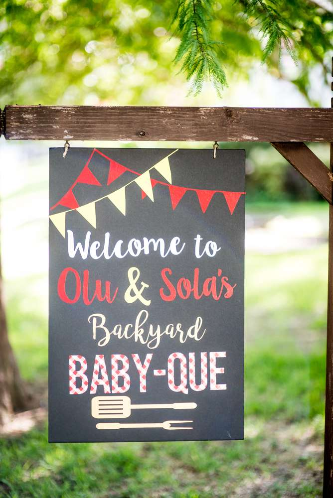 backyard-bbq-baby-shower-welcome-sign