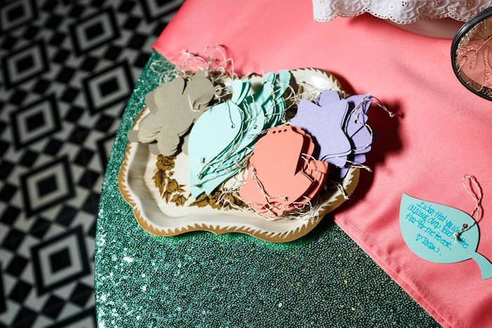 love-is-sweet-baby-shower-advice-ornaments
